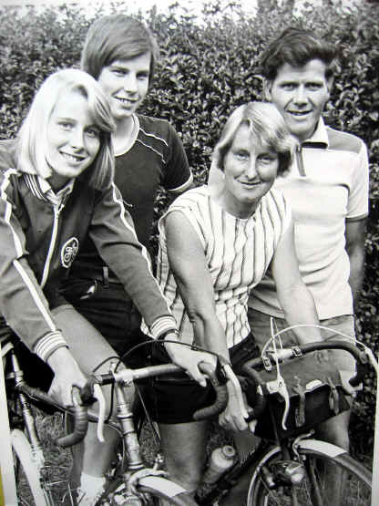 Bob Clift with wife, son and daughter