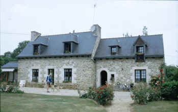 Large stone-built chambre d'hote in Brittany