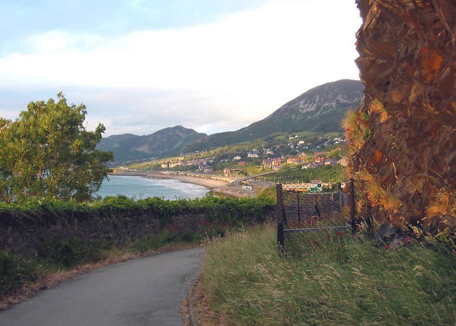 Photo of view of Penmaenmawr from Telfor old road