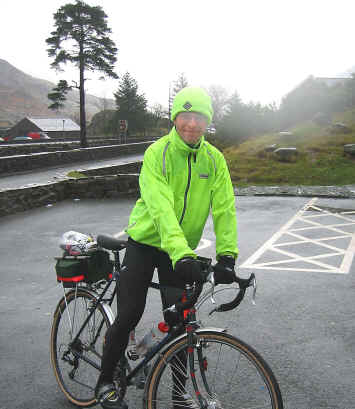 University student with bike at the top of the Nant Ffrancon pass