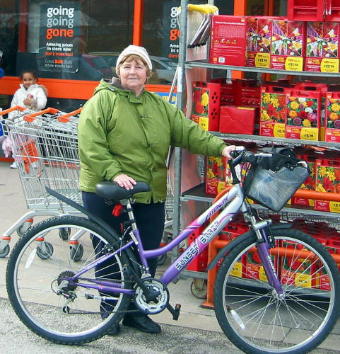 overcoming disability through cycling: Despite various illnesses Janette Wynne shos as much as possible by bike