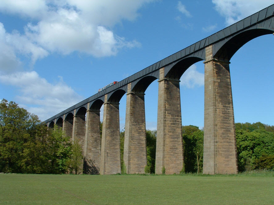 Photo of Telford's Pont Cysyllte Aqueduct